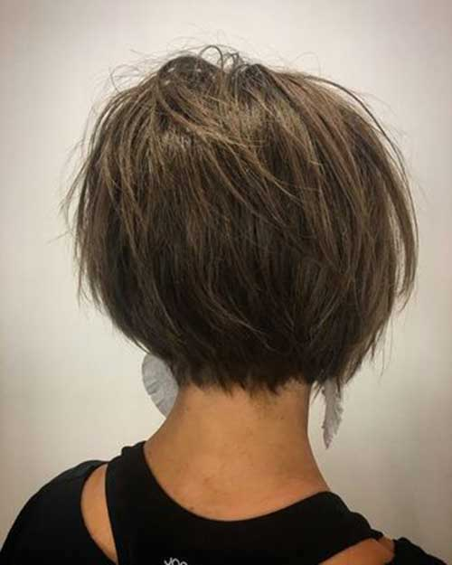 Short-Layered-Haircuts-for-Women-Over-50-043-www.vozsex.com_ Best Short Layered Haircuts for Women Over 50