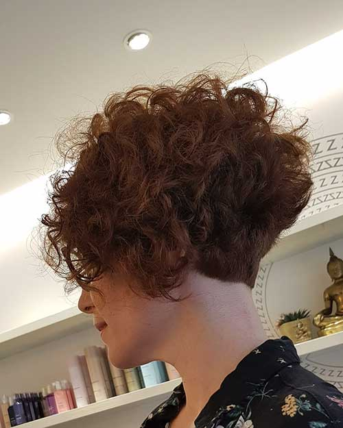 Short-Layered-Haircuts-for-Women-Over-50-060-www.vozsex.com_ Best Short Layered Haircuts for Women Over 50