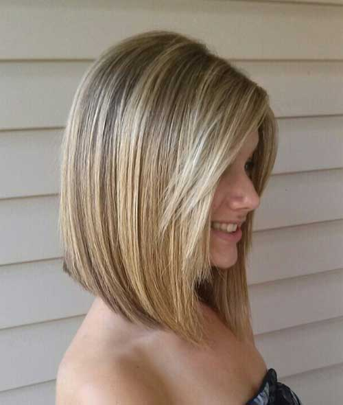 Simple-Medium-Short-Blonde-Bob-with-Layered-Bangs Short Medium Hairstyles 2019