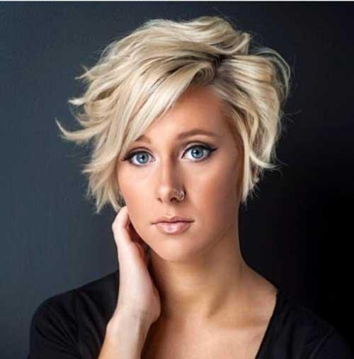 Stylish-Haircut Short Haircuts for Round Face Shape