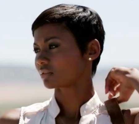 Very-Short-Straight-Hair Short Hairstyles for Black Women