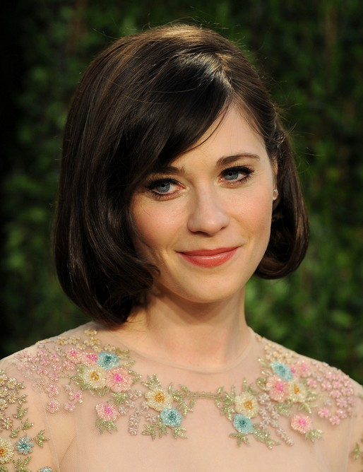 Zooey-Deschanel-Short-Layered-Bob-Hairstyle-with-Side-Bangs-for-Thick-Hair Popular Short Hairstyles for Women 2019