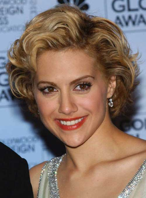 Classy-Short-Frizzy-Curly-Hair-Style Short Haircuts For Curly Frizzy Hair