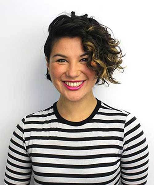 Cute-Short-Curly-Hair-2019 Cute Short Curly Hairstyles for Sweet View
