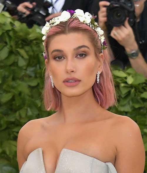 Floral-Crown Hailey Baldwin Short Hair 2019