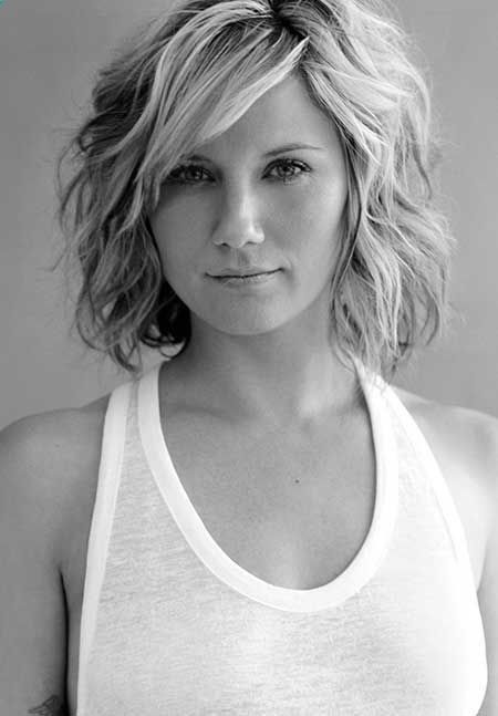 Hottest-Short-Wavy-Hairstyle Alluring Wavy Hairstyles for 2019