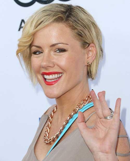 Kathleen-Robertson's-Short-Blonde-Haircut- Female Celebrity Short Haircuts 2015