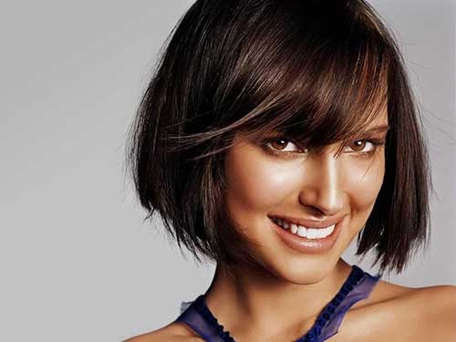 Natalie-Portman's-Short-Hair-with-Thick-Bangs Female Celebrity Short Haircuts 2015