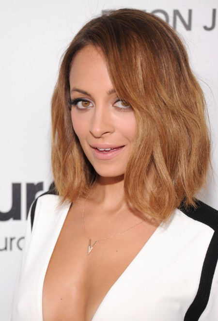 Nicole-Richie-Casual-Medium-Ombre-Bob-Hairstyle-for-Summer Popular Haircuts for Summer Hairstyles 2019