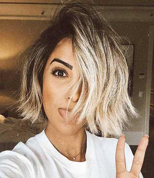 Short-Choppy-Bob Short Wavy Hairstyles for Women with Style