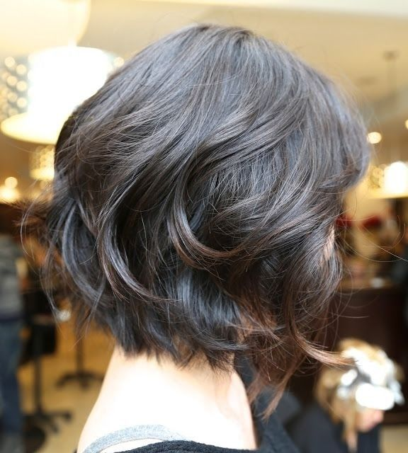 Short-Wavy-Bob-Hairstyle-for-Black-Hair Alluring Wavy Hairstyles for 2019