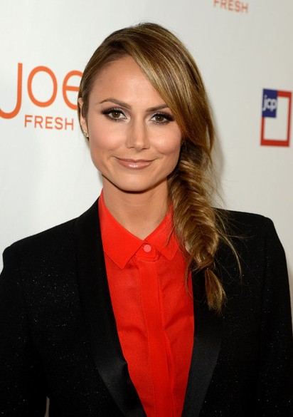 Stacy-Keibler-Long-Braided-Hairstyle-for-Summer Popular Haircuts for Summer Hairstyles 2019