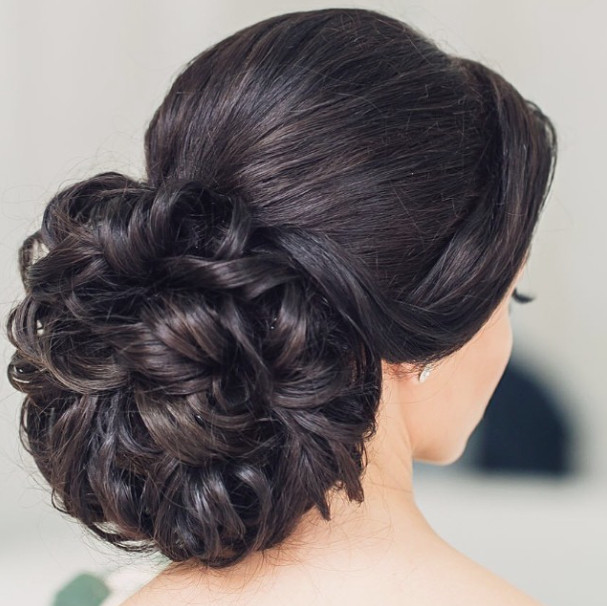 Wedding-Hairstyles-26 Romantic Wedding Hairstyles for 2019