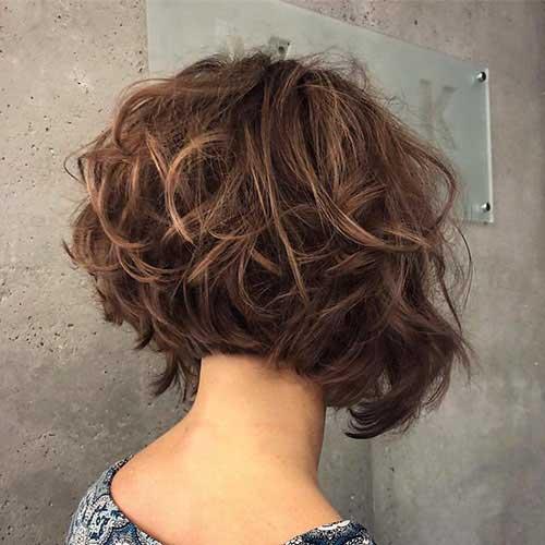 back-view-of-short-layered-bob-hairstyles Back View Of Short Layered Haircuts