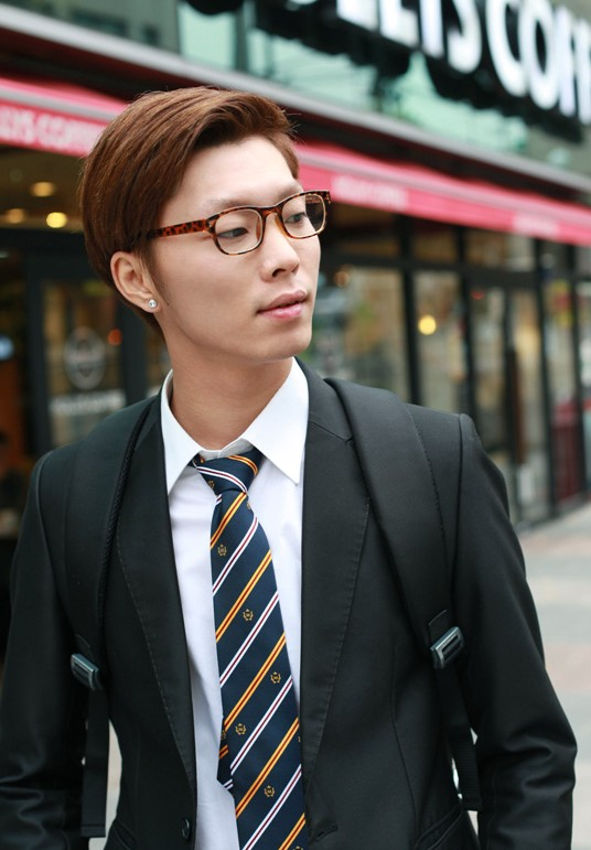 Asian-Students-Hairstyles-for-men Cool Korean and Japanese Hairstyles for Asian Guys