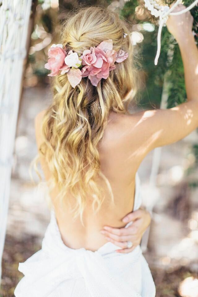 Boho-Chic-Wedding-Hairstyle-with-Flowers Super Charming Wedding Hairstyles for 2019