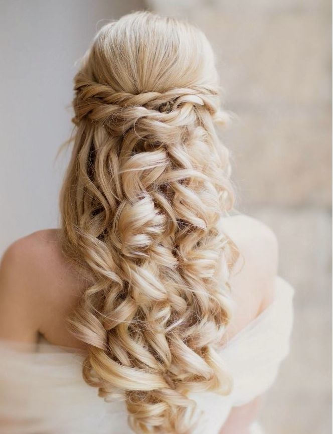 Braided-Curly-Wedding-Hairstyle Perfect Curly Wedding Hairstyles