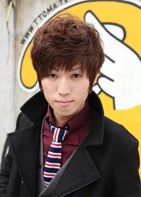 Cute-Korean-Guys-hairstyle Cool Korean and Japanese Hairstyles for Asian Guys