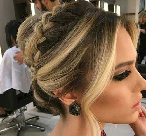 Elegant-Hairstyle Short Formal Hairstyles with Hottest Way