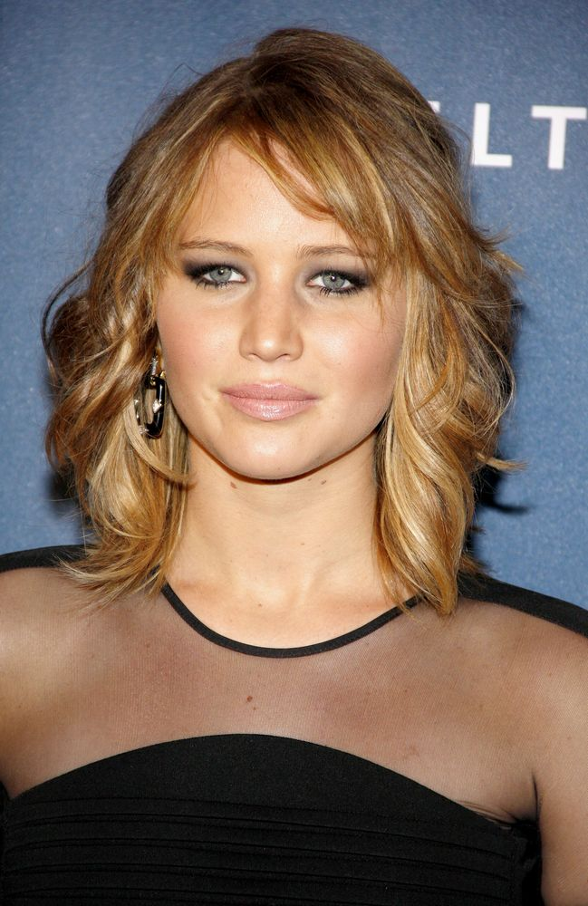 Fashionable-Hairstyle-for-Medium-Hair Fashionable Mid-Length Hairstyles for Fall – Medium Hair Ideas
