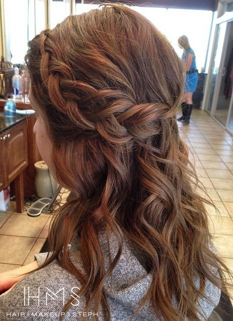 Half-Up-Half-Down-Hairstyle-with-Braid Great Hairstyles for Medium Length Hair 2019