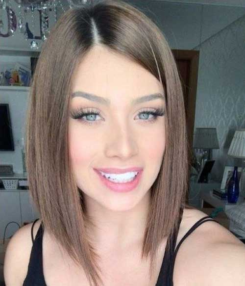 Inverted-Cut Short Thin Hairstyles to Easily be Feminine
