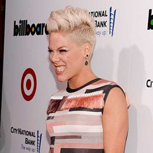 Pink's-Pixie-with-Short-Sides Best Short Hairstyle Ideas for Oval Faces