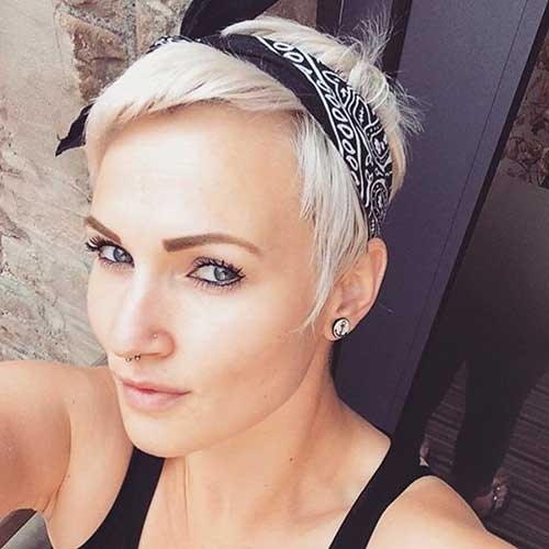Pixie-and-Headband Best Short Hairstyle Ideas for Oval Faces
