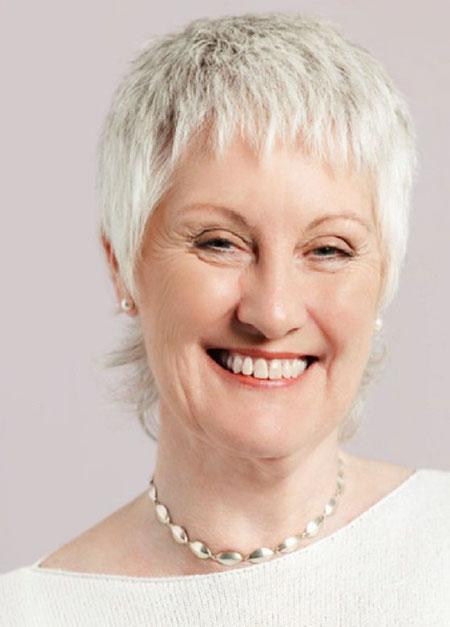 13-Short-Hairtyles-for-Older-Women-2018-569 Short Hairstyles for Fine Hair Over 60