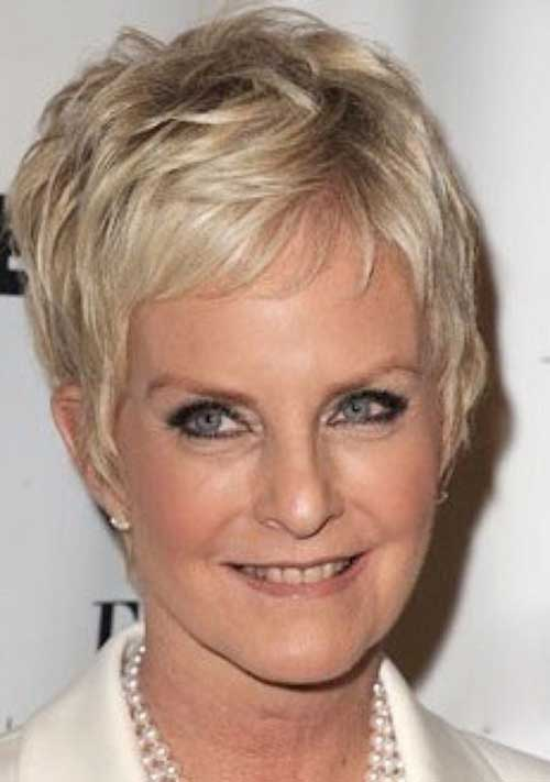 18.Pixie-Haircuts-for-Older-Ladies Cool Pixie Haircut for Older Ladies