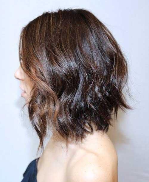 Brown-Layered-Mid-Bob-for-Wavy-Hair Nice Layered Wavy Bob Hairstyle