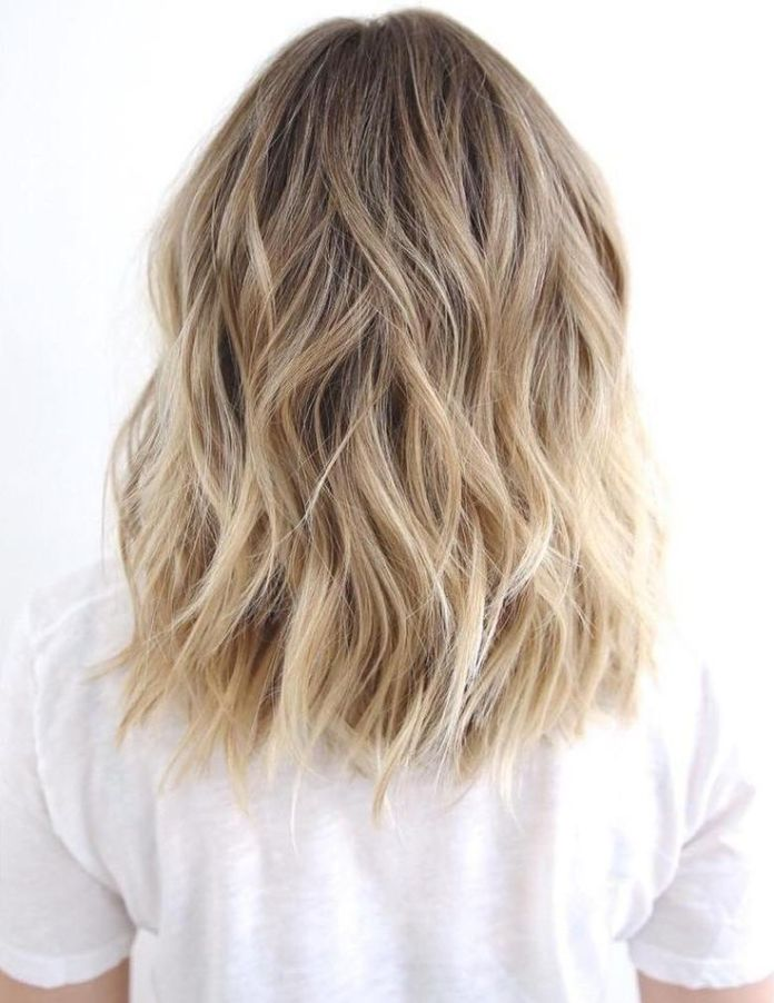 Chopped-Waves Top Trending Medium Hairstyles for Girls