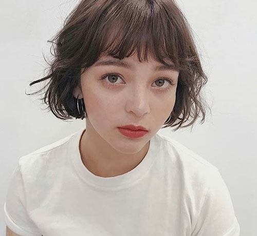 French-Bob-Cut Cute and Chic Ways to Have Short Hair with Bangs