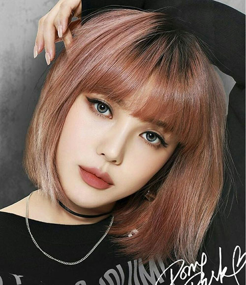Full-Bangs-Lob-Cut Cute and Chic Ways to Have Short Hair with Bangs