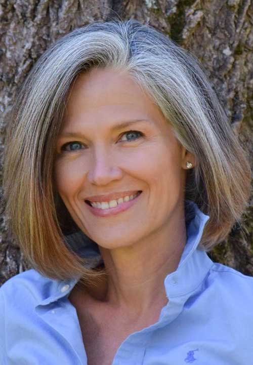 Going-Grey-Gracefully Gorgeous Short Hairstyles for Women Over 50