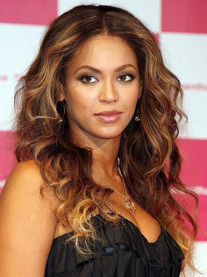 Long-Layered-Curly-Wavy-Hairstyle Fabulous Long Layered Hairstyles