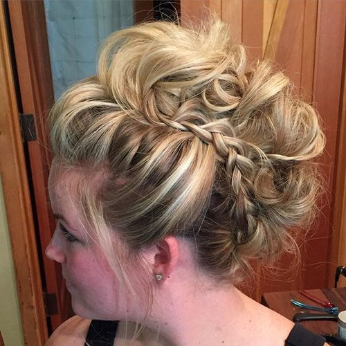 Messy-Braid Faux Hawk Hairstyle for Women – Trendy Female Fauxhawk Hair Ideas