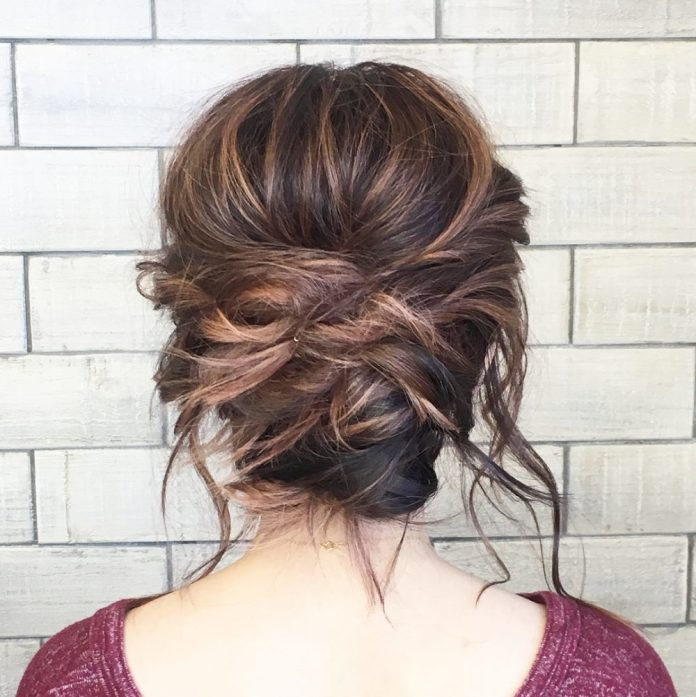 Messy-Bun Loose Hairstyles to Look Relaxed and Ravishing