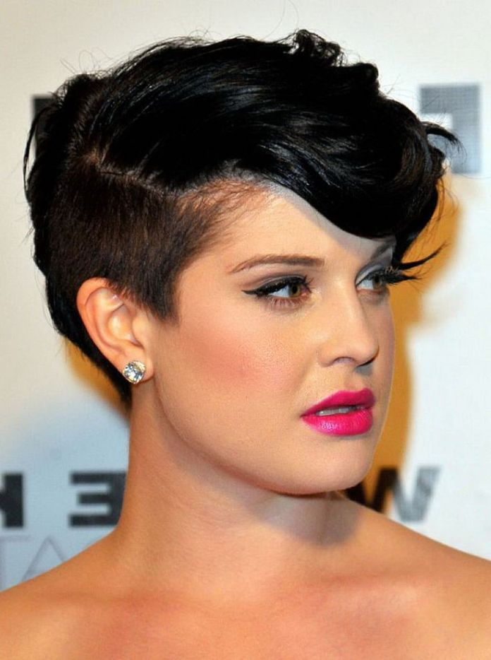 Mohawk-with-Wavy-Cut-Hairstyle-for-Chubby-Face Glorious Short Hairstyles for Chubby Faces