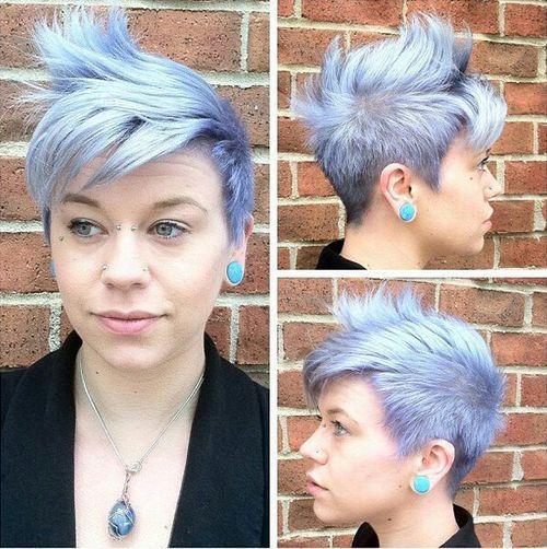 Pastel-Pixie-–-Fauxhawk-inspired-haircut-for-short-hair Faux Hawk Hairstyle for Women – Trendy Female Fauxhawk Hair Ideas