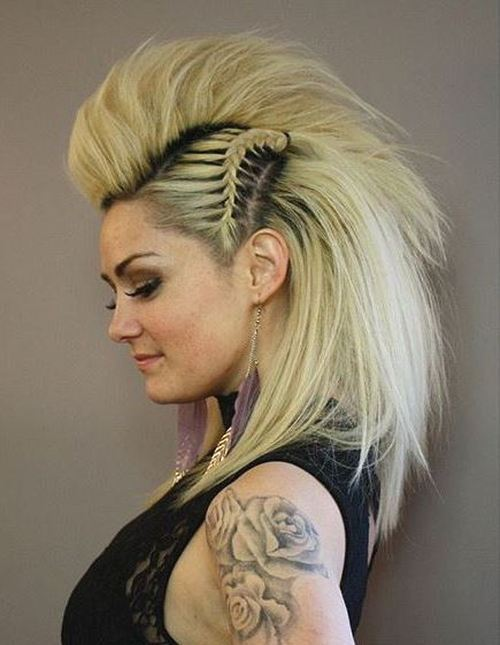 Punk-Princess-–-Fauxhawk-Hairstyle-for-Women Faux Hawk Hairstyle for Women – Trendy Female Fauxhawk Hair Ideas