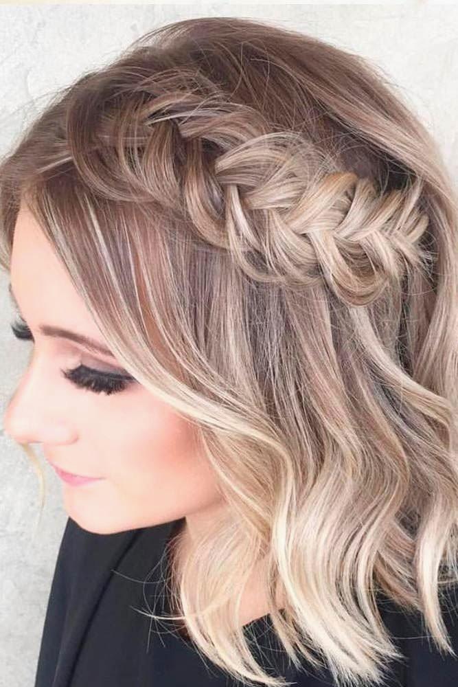 Semi-Crowned-Princess-Look Simple Medium Hairstyles for Stunning Look