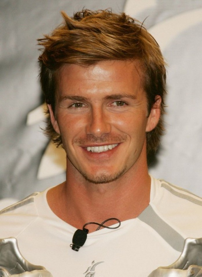 Short-Medium-Straight-Casual-Haircut David Beckham's Trendsetter Hairstyles