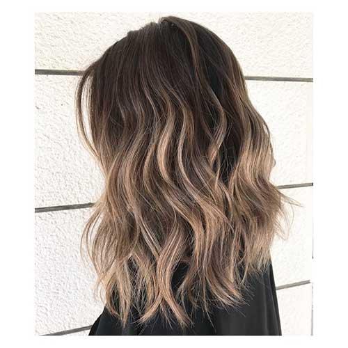 Short-to-Medium-Hairstyles-16 Latest Short to Medium Hairstyles