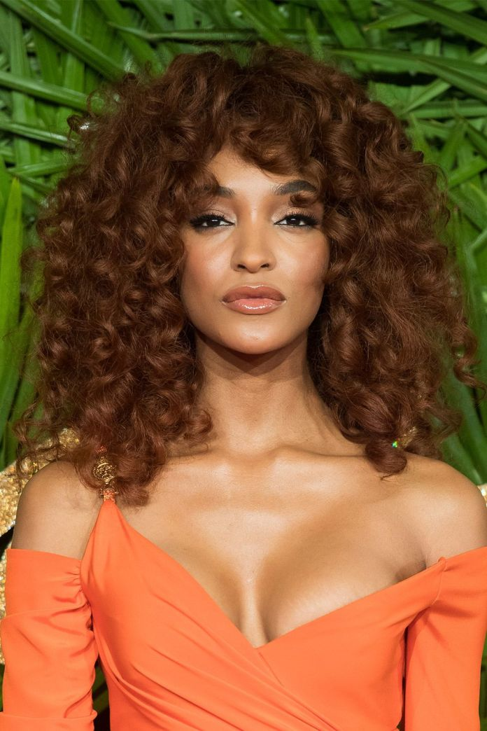 The-Curly-Mane Top Trending Medium Hairstyles for Girls