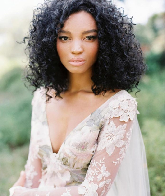 Tight-Curls-1 Loose Hairstyles to Look Relaxed and Ravishing
