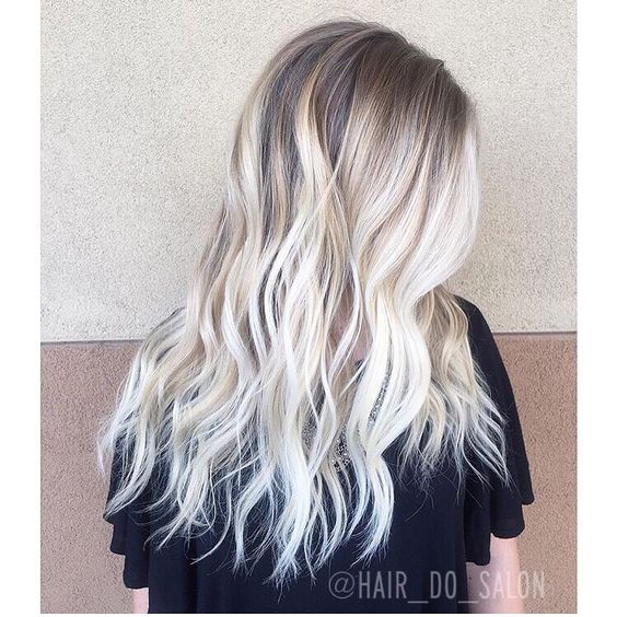 Try-Beach-Waves Ways to Rock Rooty Hair – Trendy Ombre Balayage Hairstyles