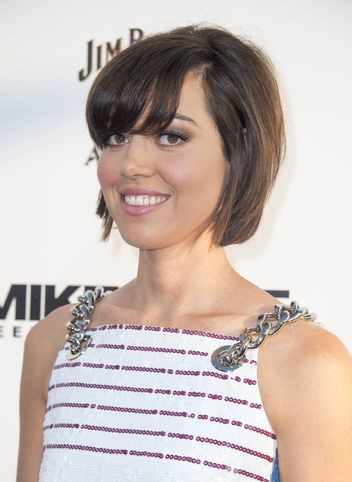 Aubrey-Plaza-Blunt-Bob-with-Bangs Trendy Celebrity Short Hairstyles You'll Want to Copy