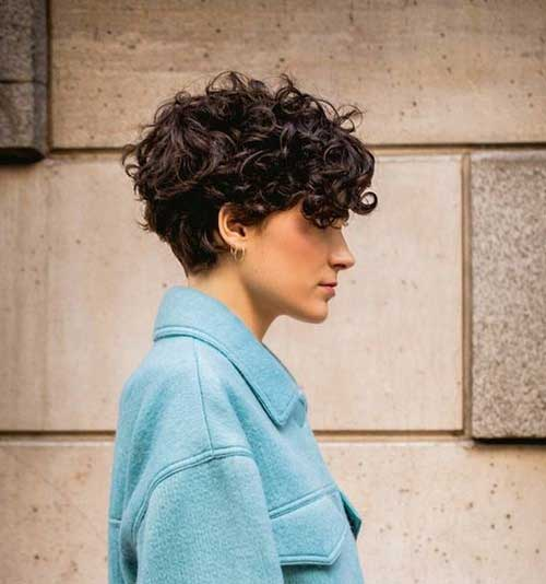 Best-Short-Haircuts-for-Over-40.8 Best Short Haircuts for Over 40