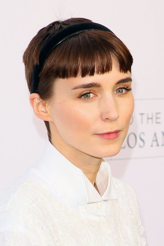 Bobby-Bangs-on-Short-Hair Style Personified Short Hairstyles for Young Women